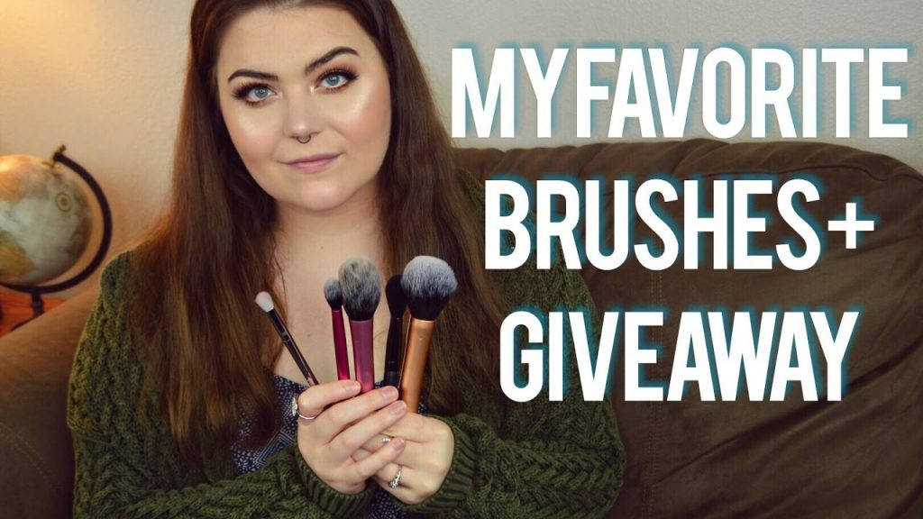 MY FAVORITE MAKEUP BRUSHES + GIVEAWAY [CLOSED] | DELANEY STEELE