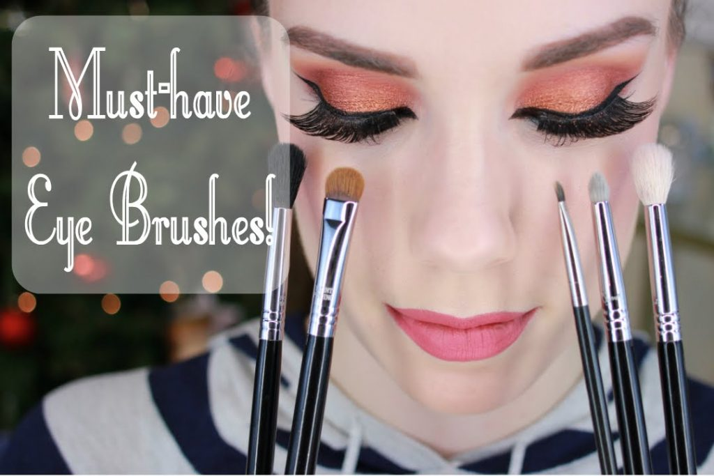 Top 5 Must Have Eye Makeup Brushes!!