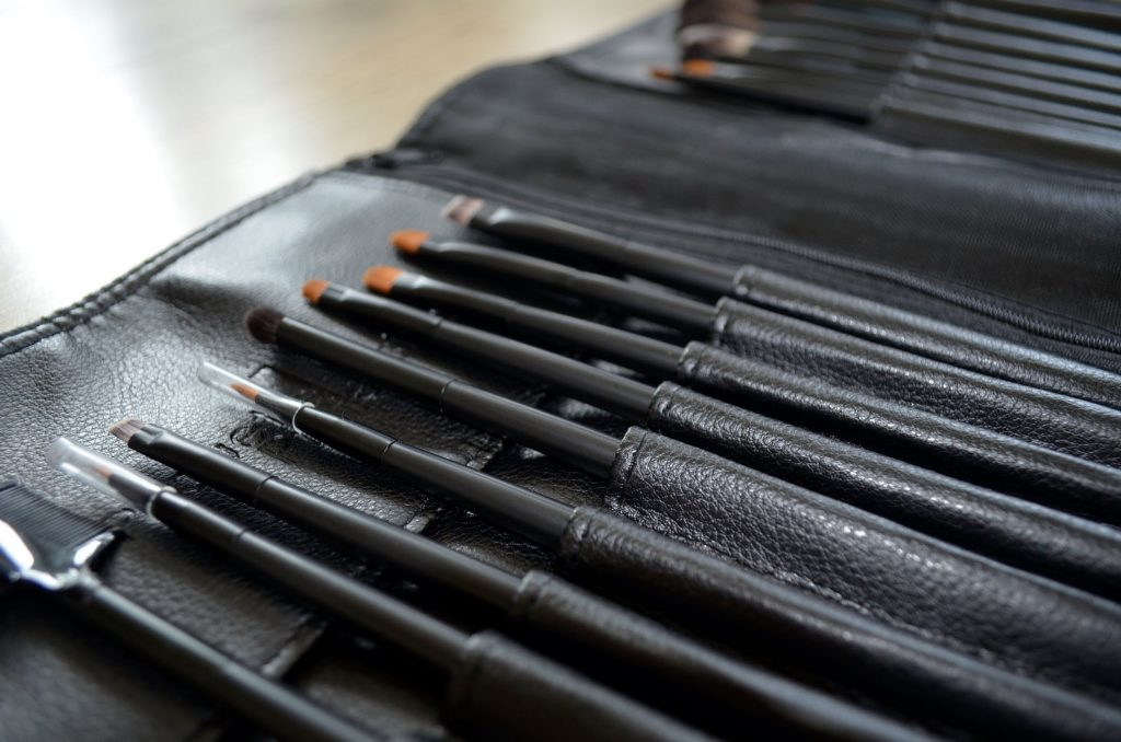 How To Use Makeup Brushes: Pirouette Collection