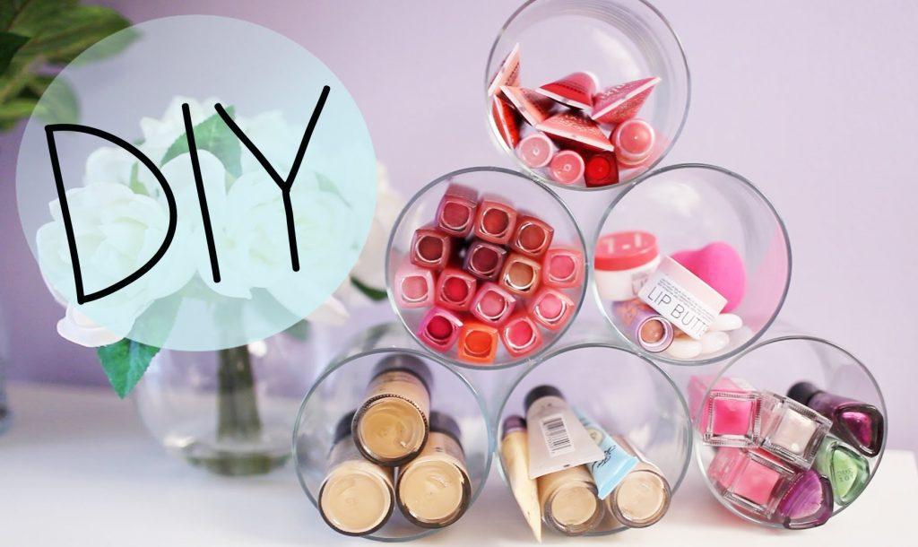 DIY Candle Jar Organizer & Ideas to Upcycle Bath & Body Works Jars {Makeup organizer}