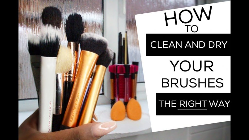 HOW TO CLEAN BEAUTY BLENDERS AND MAKEUP BRUSHES