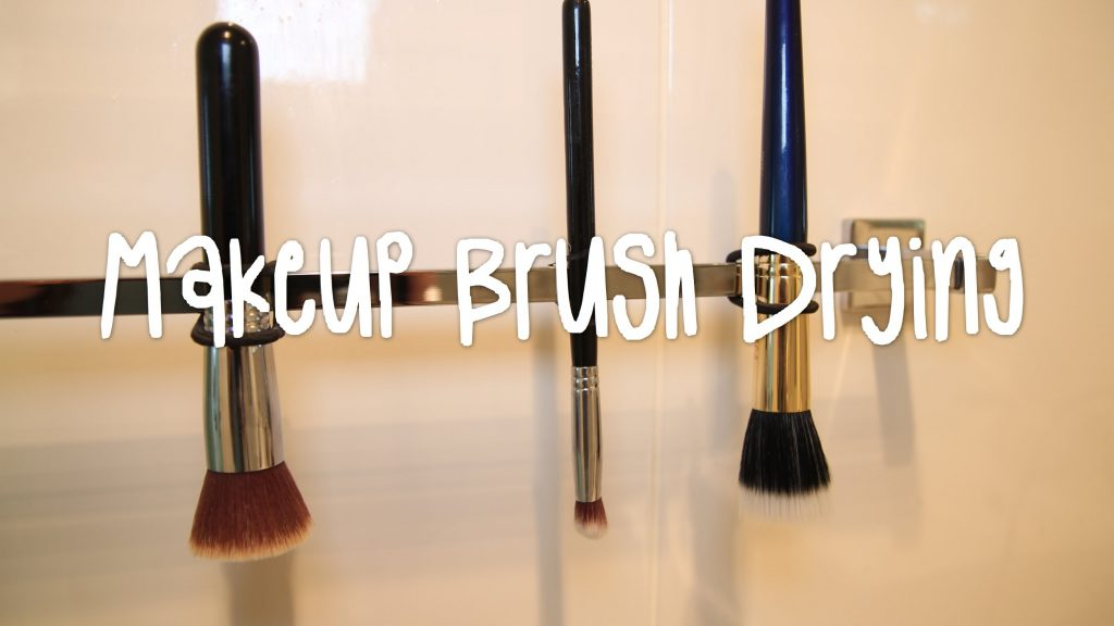 BEST WAY TO DRY YOUR MAKEUP BRUSHES! | Beauty Bit