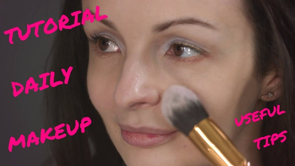 Every Day Makeup Tutorial__All About Makeup Brushes