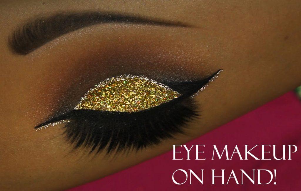 Eye Makeup on Hand!