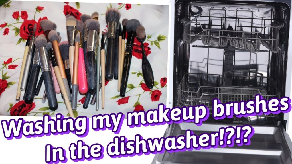 I wash my makeup brushes in the dish washer, lazy way to wash makeup brushes!!!