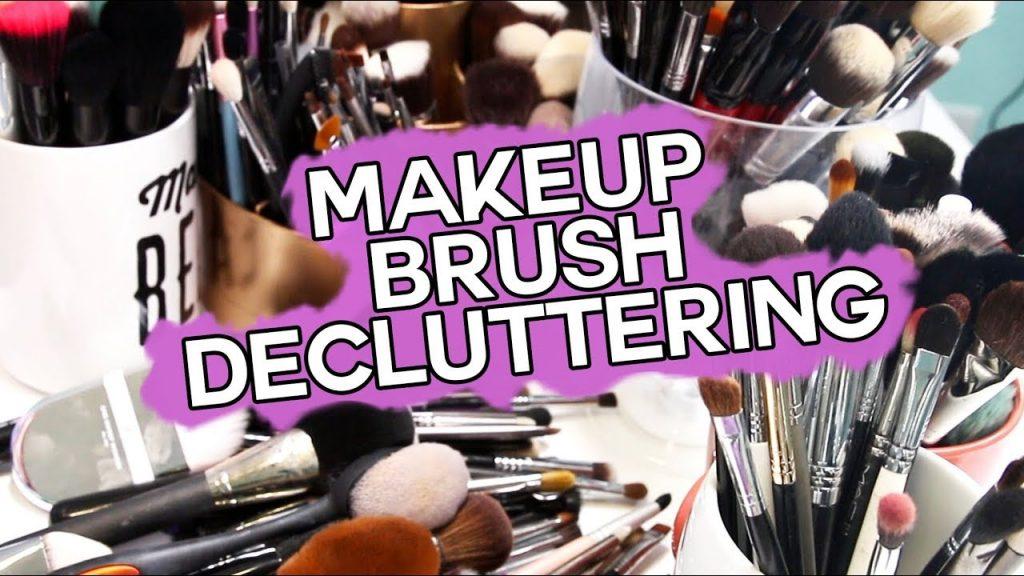 DECLUTTER MY BRUSHES- Huge Makeup Brush Destash & Donate!