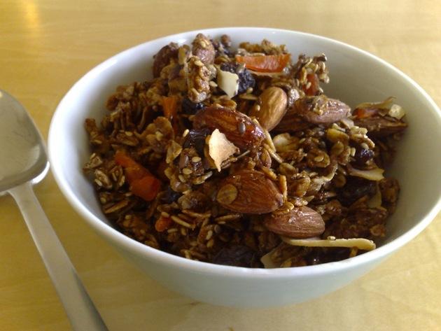 granola by joanie