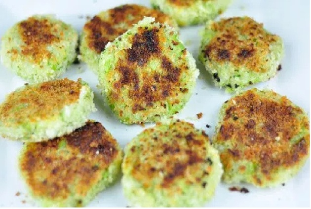 POTATO BROCCOLI PATTIES WITH CHEESE by antonetroajer