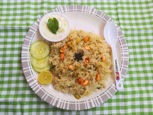 Murungakkai Biryani recipe, how to make Murungakkai Biryani recipe, drumstick bi by Famous Indian Recipes
