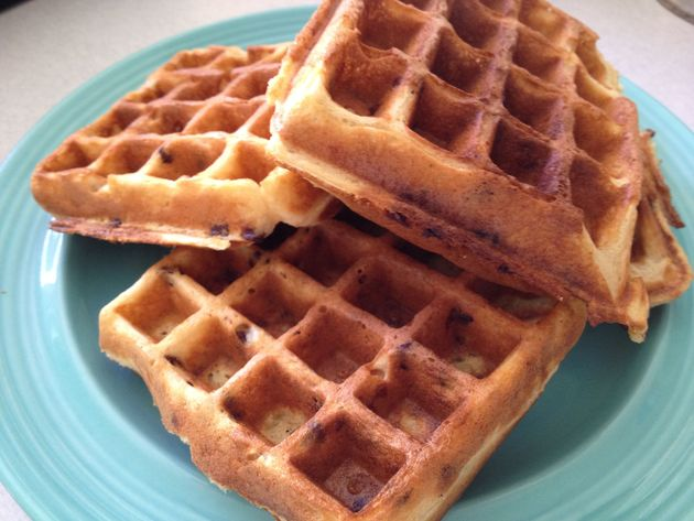 Chocolate Chip Buttermilk Waffles Recipe | Cookooree