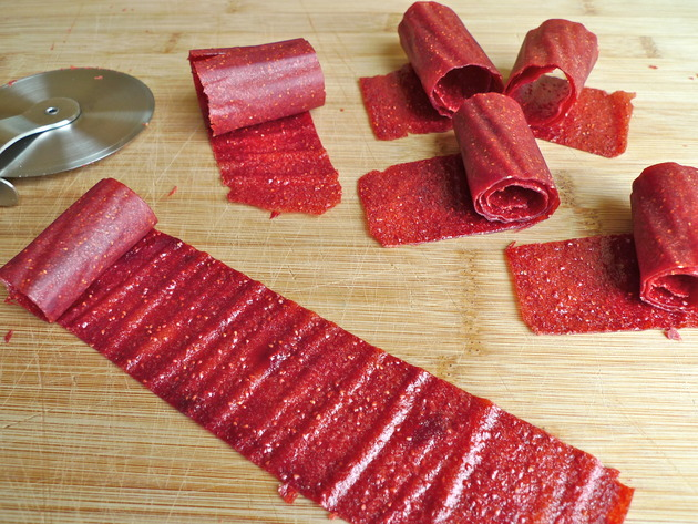 Strawberry Fruit Leather Recipe | Cookooree