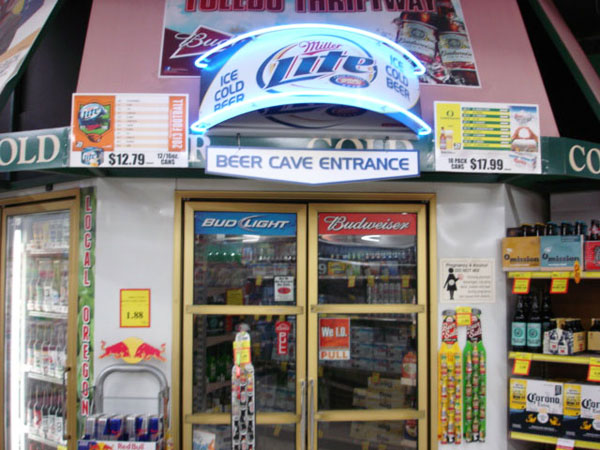 Tolelo JC Market Thriftway Beer Cave