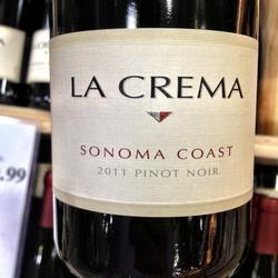 La Crema Pinot Noir  Wine