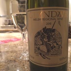 Glyndwr Medium Dry White  Wine