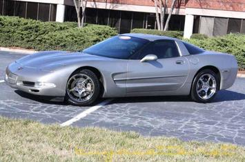 2001-corvette-coupe