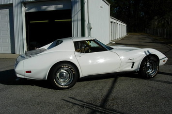 1974-corvette-coupe
