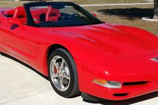 2003-corvette-convertible-50th-anniversary