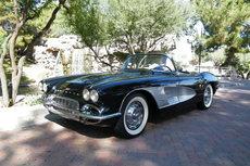 1961-corvette-roadster