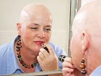 bald-woman-makeup