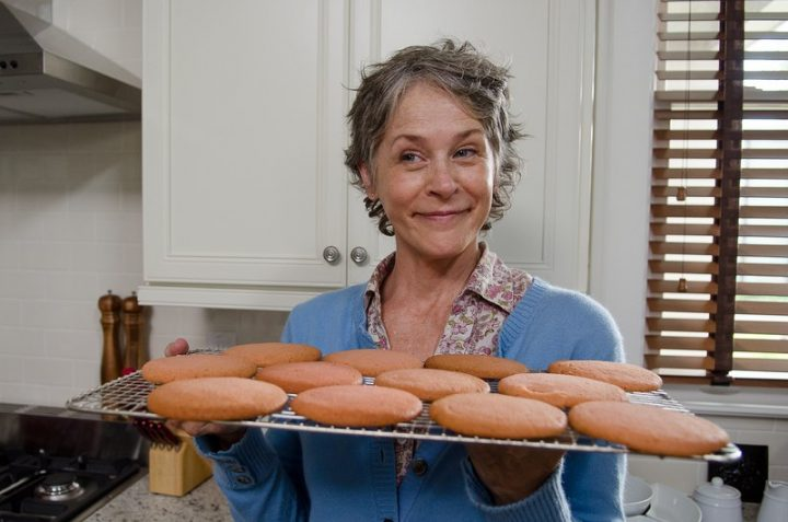 carol with her cookies