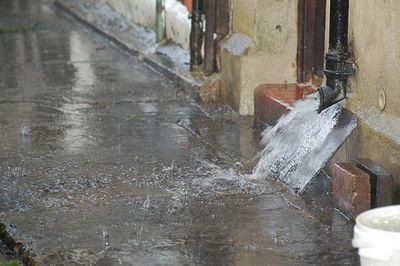 Rainwater pipe