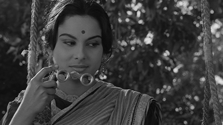 Charulata Film Still