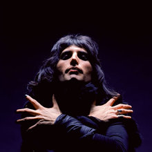 Freddie mercury 1974 3 0