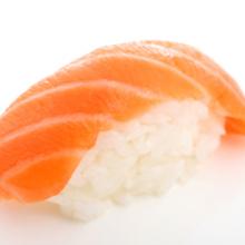Salmon nigiri1