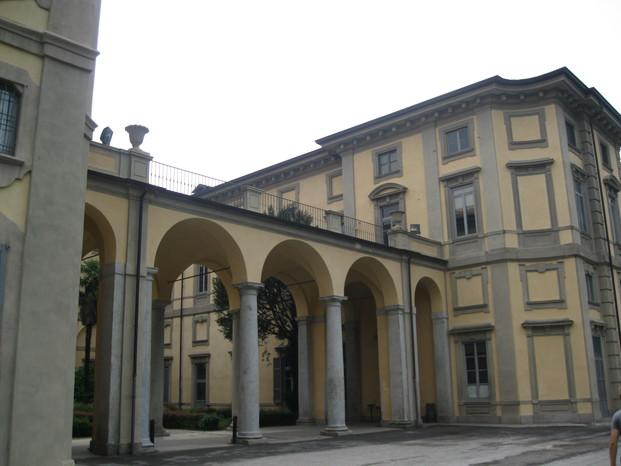 Scuola 20083