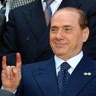 Berlusconi corna2