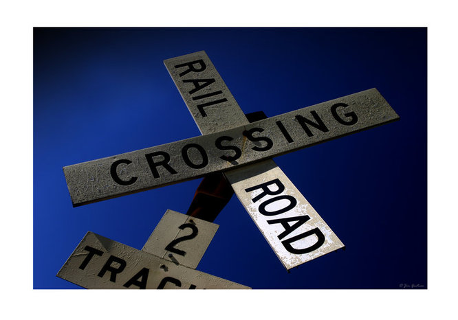 Rail road crossing by jim100bg