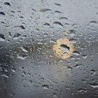 683181 gocce di pioggia finestra con arancione brigth posto