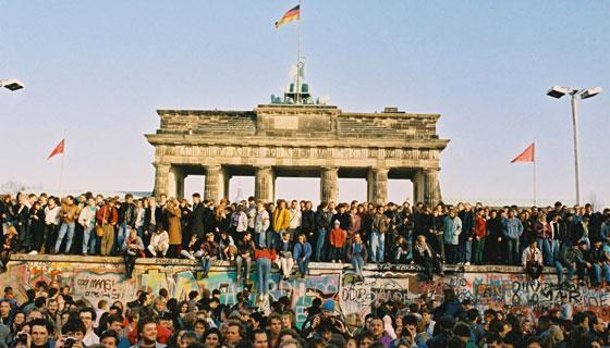 142251b il muro di berlino history visore