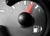 3713670 misuratore di combustibile nel corso di un rifornimento di carburante