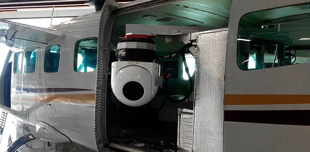 CRI's LodeStar Wide Area Motion Imagery System on a caravan