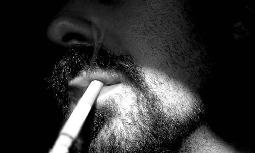 Rauchen ist für Faltenbildung verantwortlich