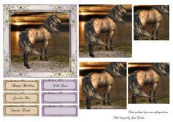 Horse Pyramage