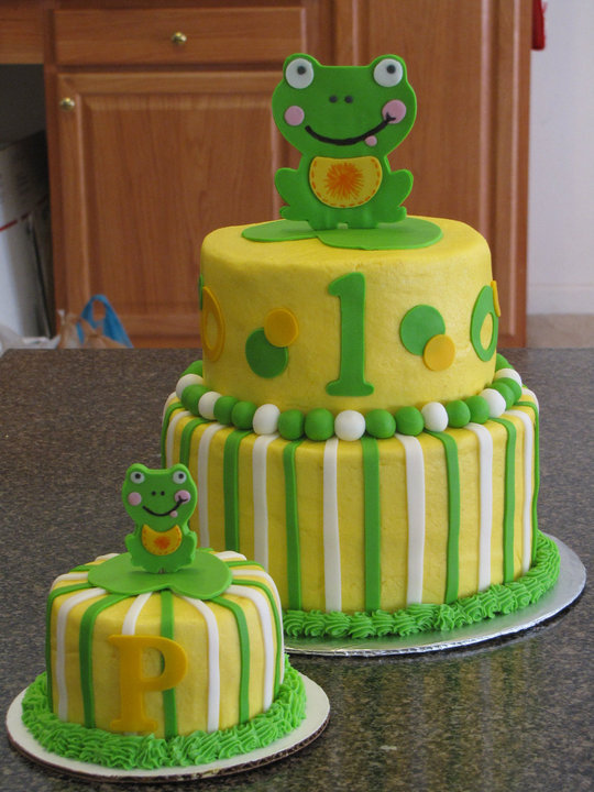 friendly frog 1st birthday cake  (cricut)