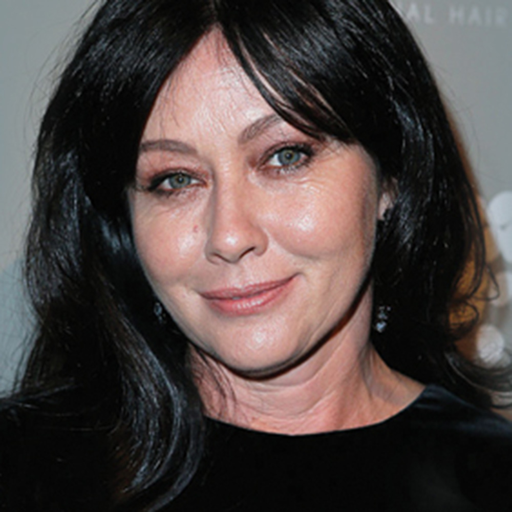 Shannen Doherty Shares an Emotional Cancer Moment