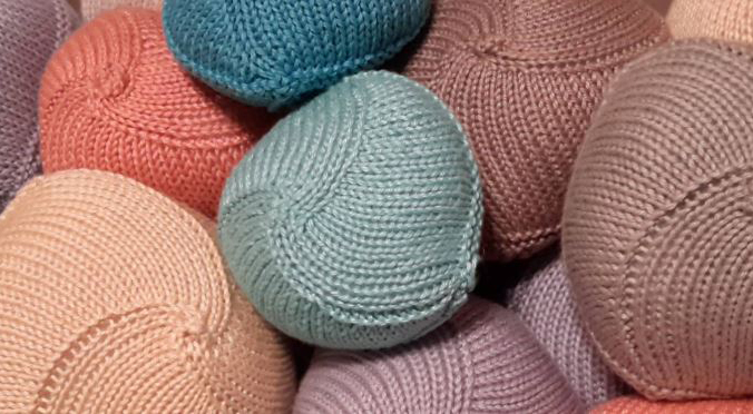 PHOTO: Knitted Knockers