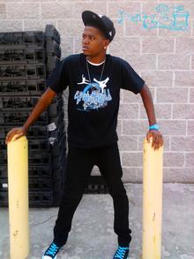 Speakerboxkidd Photoshoot T-Shirt Photo