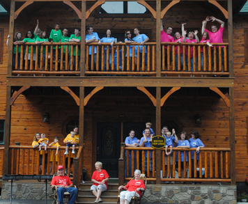 2 Grandparents. 10 Parents. 14 Grandkids. 5 Grandkids T-Shirt Photo