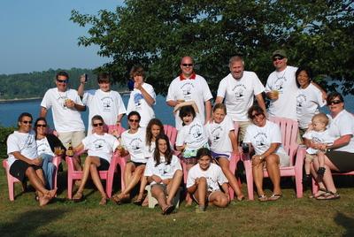 Famloid Fun! T-Shirt Photo
