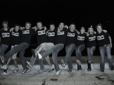 Our 2010 Cross Country Team T-Shirt Photo