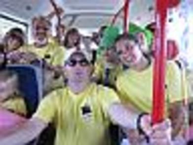 Bermuda Bus T-Shirt Photo