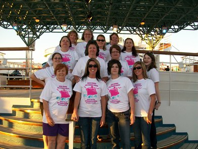 Wonderful Wade Women And Friends Cruise T-Shirt Photo