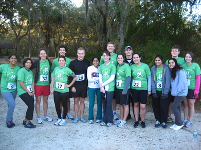 Run In The Dirt For The Hurt 5 K T-Shirt Photo