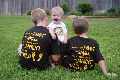 Small Feet Make Big Imprints! T-Shirt Photo