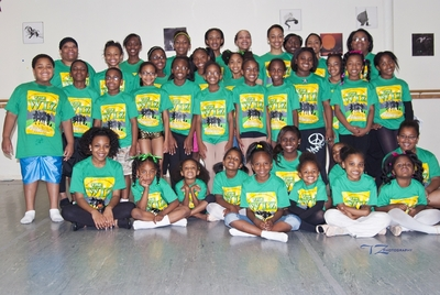 "Dth Presents ""The Wiz"" T-Shirt Photo"