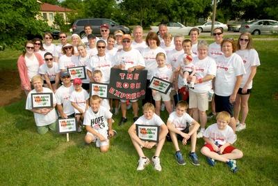 St. Louis Walk To Defeat Als   Team Rose Express T-Shirt Photo